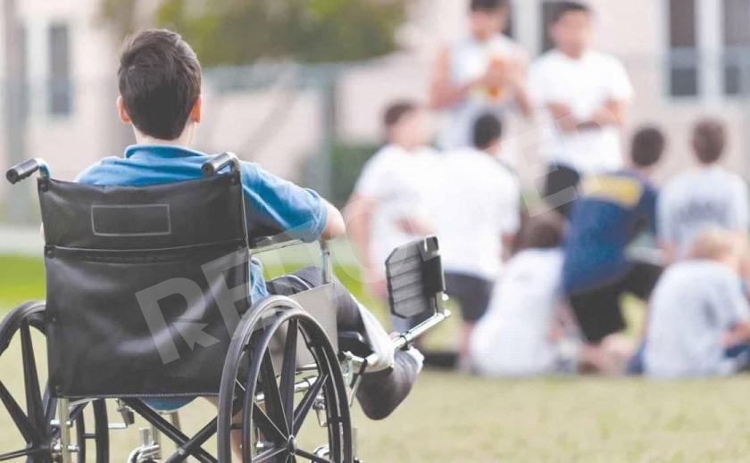 В Кривом Роге родители детей с инвалидностью просят вернуть деньги вместо памперсов