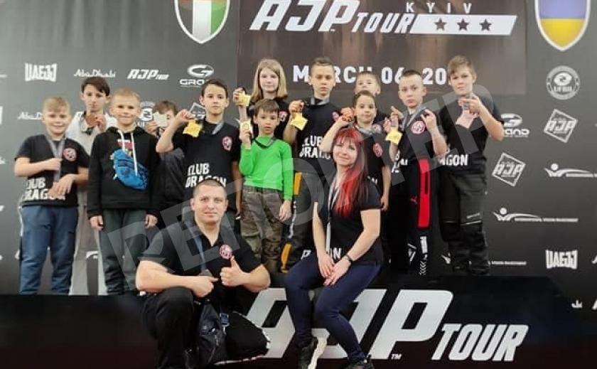 Криворожские дети завоевали 11 медалей на турнире по джиу-джитсу