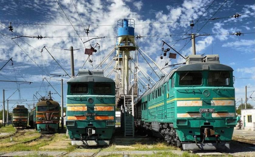 «Итальянская забастовка». Машинисты депо Пятихатки не приняли 8 неисправных локомотивов
