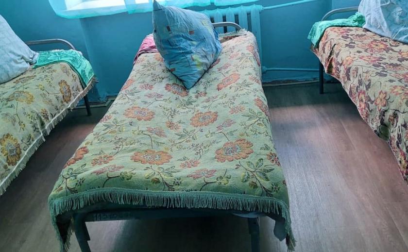 В Криворожском психоневрологическом интернате пациентов закрывали на замок в комнате с ТВ