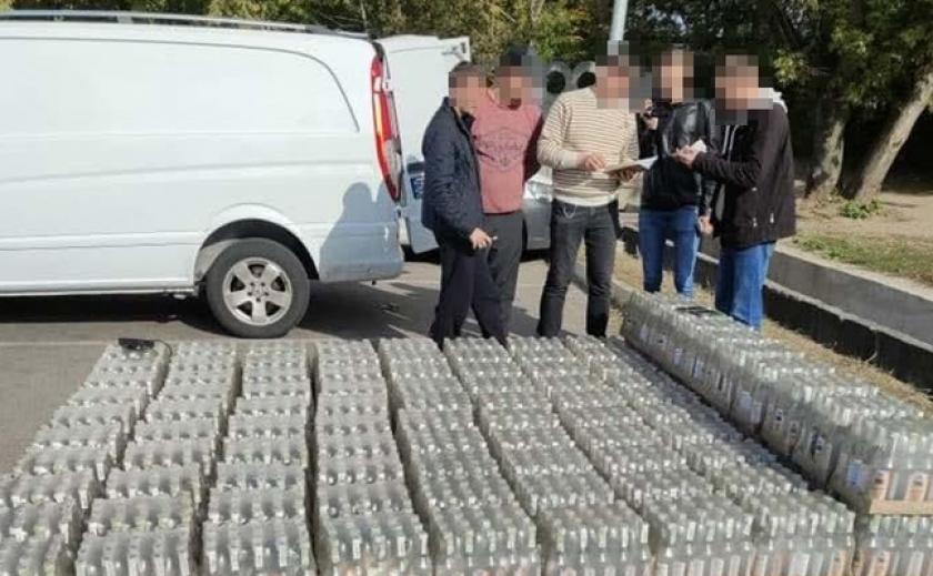 В Кривом Роге полицейские ликвидировали мини-цех изготовления «левого» алкоголя