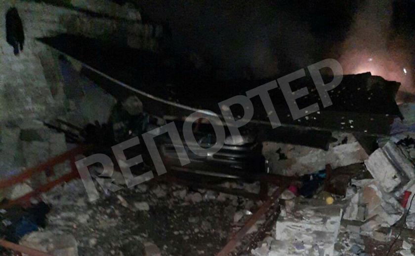 В Кривом Роге гараж сгорел вместе с авто